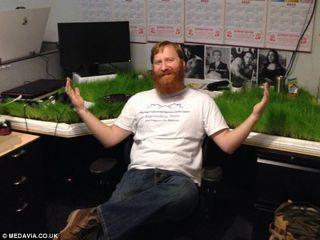 Grassclippings - Grass Desk