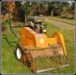 Autumn_lawn_renovation