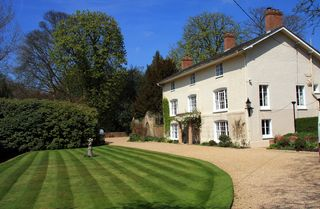 Grassclippings - Lawn Treatment Products