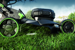EGO_Mower_Side_Discharge-6_RT_BLUE SKY02
